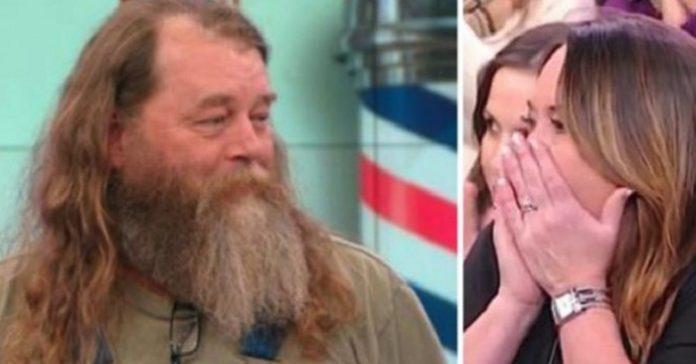 Han hade inte rakat sig på 20 år! Men se hans frus reaktion när han ÄNTLIGEN gör det!